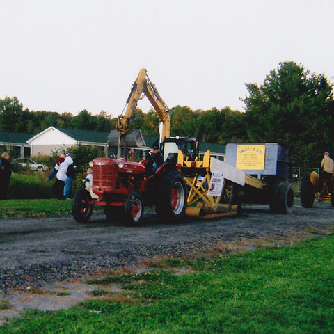 Tractor Pull 1