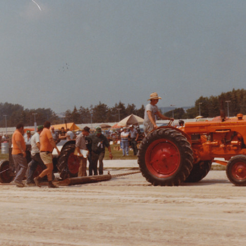 First Tractor Pulls